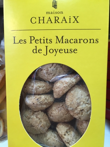 Les petits Macarons de Joyeuse X € les X Grs